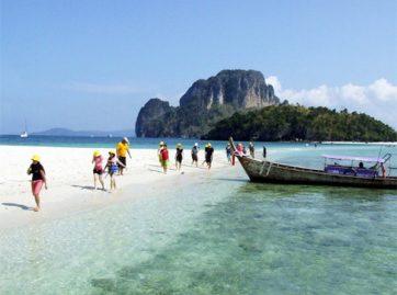 Rang Yai Island